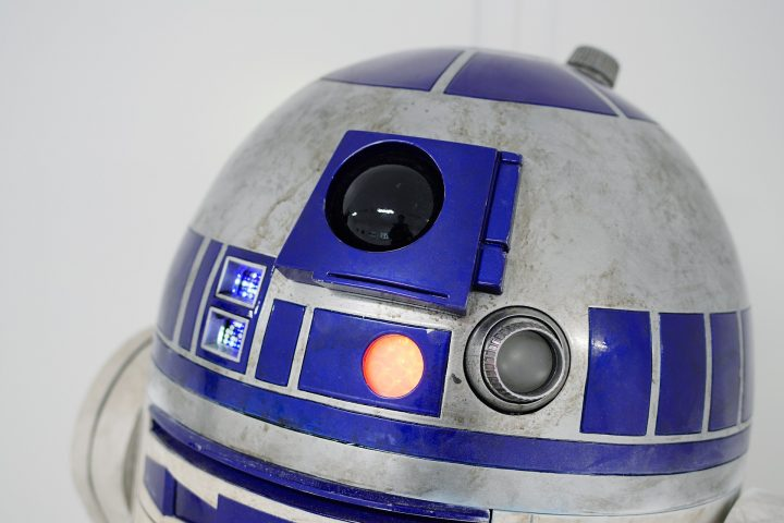 11-year-old fan gets special R2D2 bionic arm